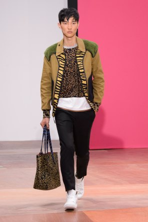 coach-spring-2016-mens-show-the-impression-12