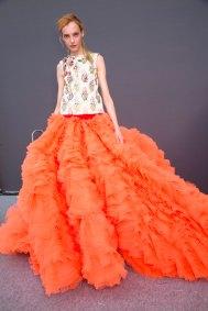 GIAMBATTISTA-VALLI-backstage-fall-2015-couture-the-impression-103