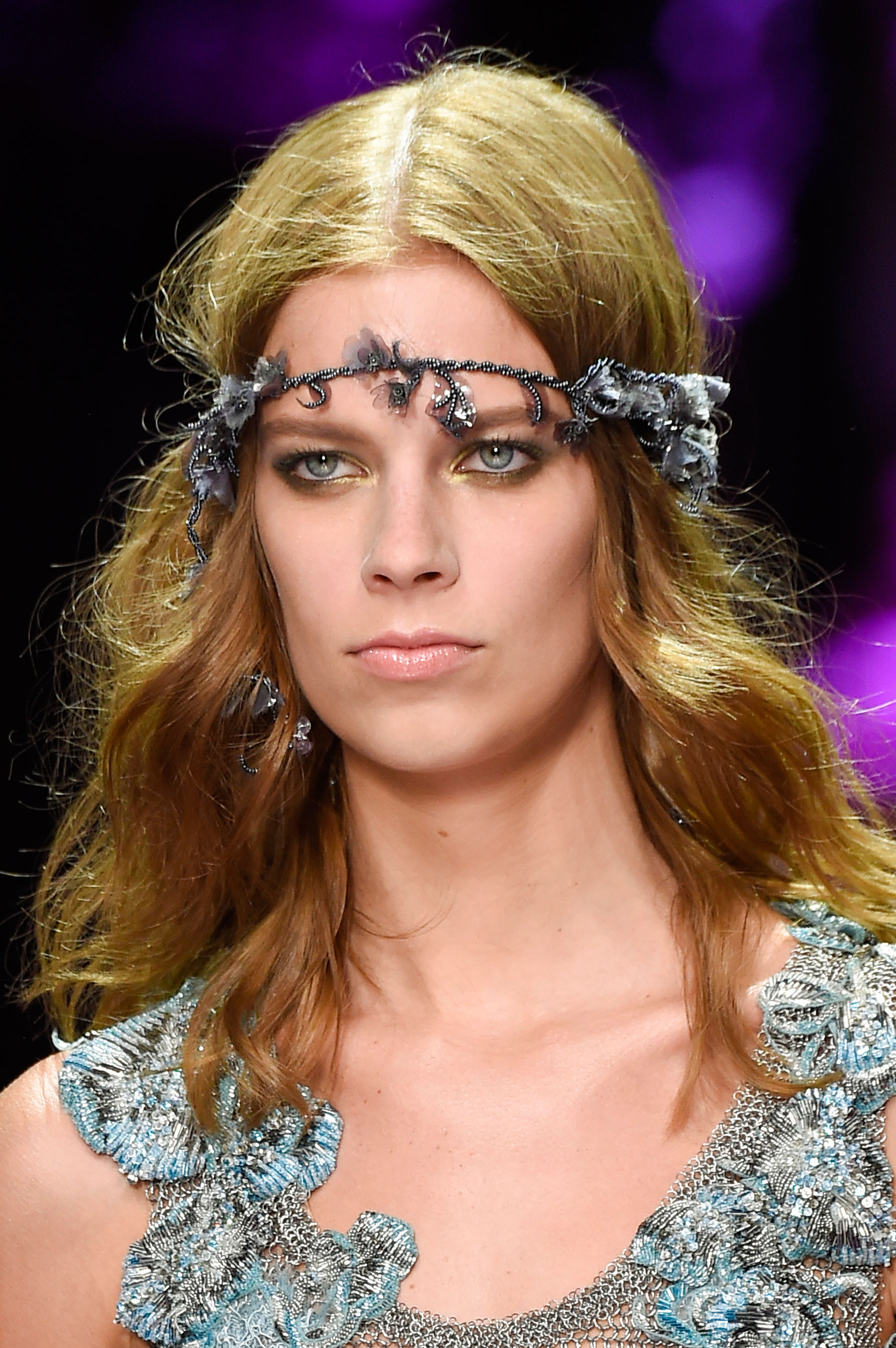 atelier-versace-close-ups-fall-2015-couture-the-impression-184