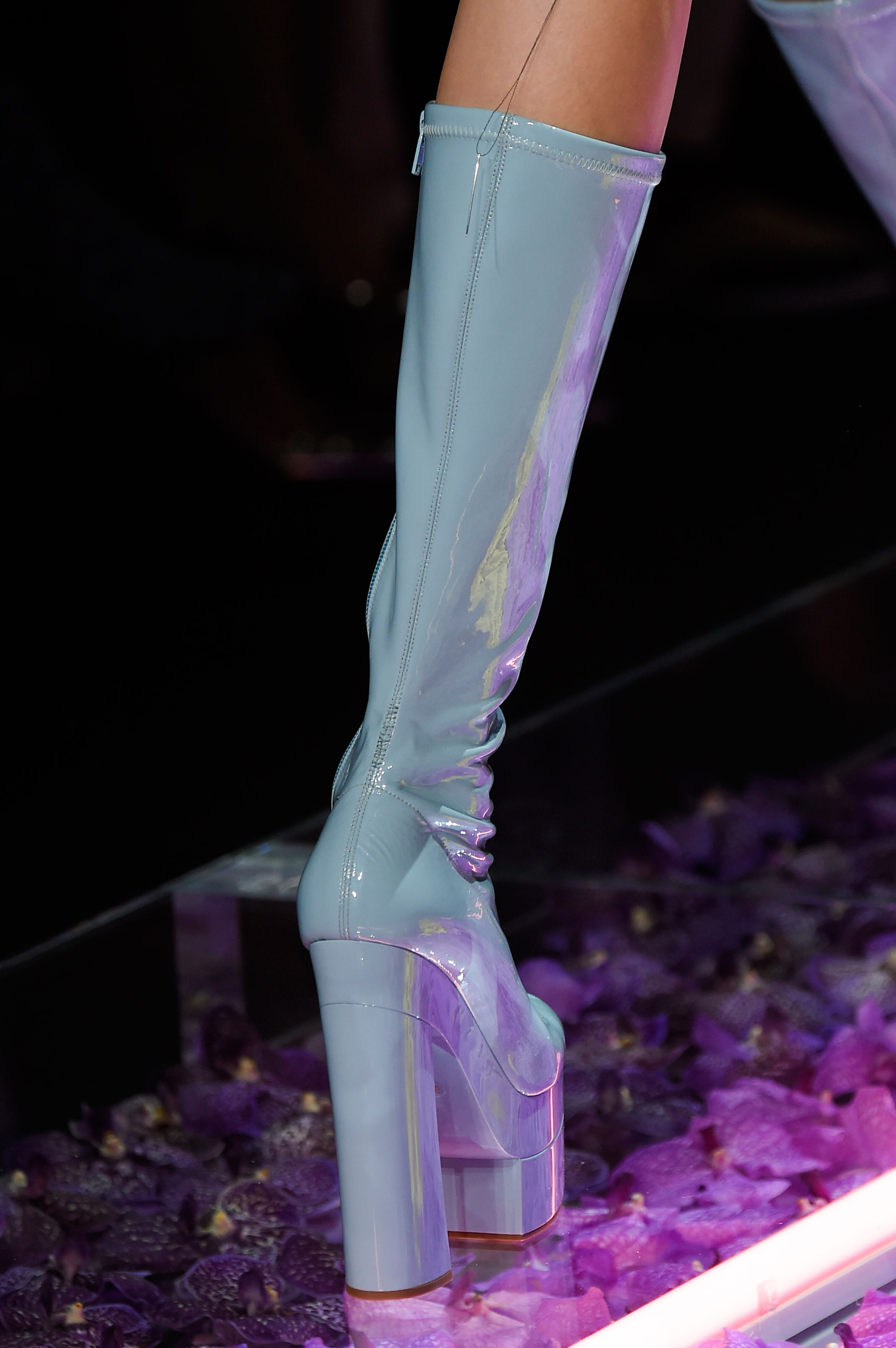 atelier-versace-close-ups-fall-2015-couture-the-impression-187