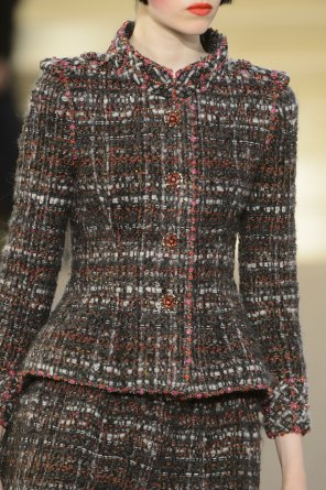 chanel-close-ups-fall-2015-couture-show-the-impression-072