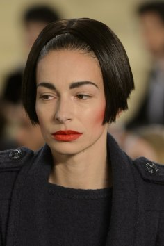 chanel-close-ups-fall-2015-couture-show-the-impression-082