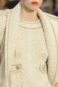chanel-close-ups-fall-2015-couture-show-the-impression-107