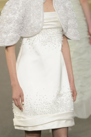 chanel-close-ups-fall-2015-couture-show-the-impression-115