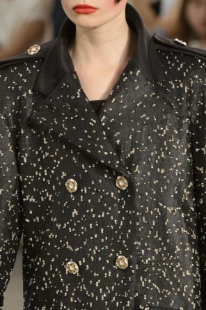 chanel-close-ups-fall-2015-couture-show-the-impression-127