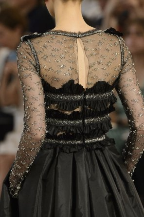 chanel-close-ups-fall-2015-couture-show-the-impression-183
