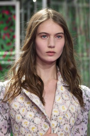 dior-close-ups-fall-2015-couture-the-impression-151