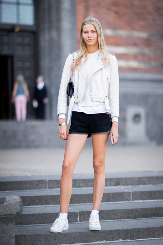street-style-copenhagen-day-1-the-impression-038