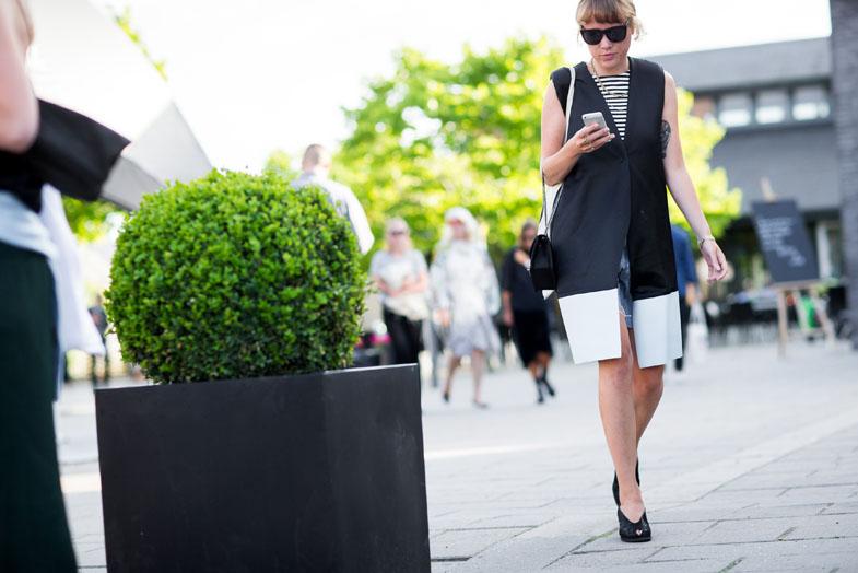 street-style-copenhagen-day-1-the-impression-114