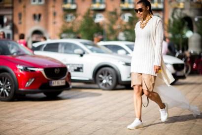 street-style-copenhagen-day-3-the-impression-20