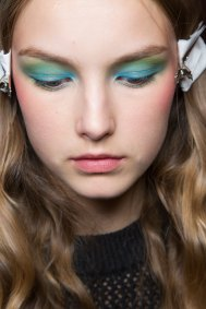 Alexis-Mabille-spring-2016-beauty-fashion-show-the-impression-29