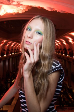 Alexis-Mabille-spring-2016-beauty-fashion-show-the-impression-39