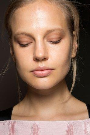 Amanda-wakeley-spring-2016-beauty-fashion-show-the-impression-16