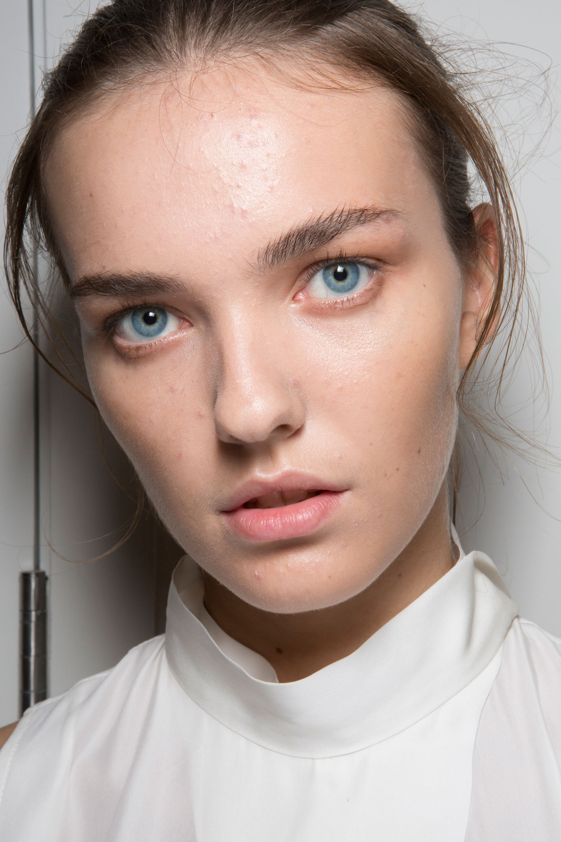 Amanda-wakeley-spring-2016-beauty-fashion-show-the-impression-22