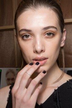 Amanda-wakeley-spring-2016-beauty-fashion-show-the-impression-36