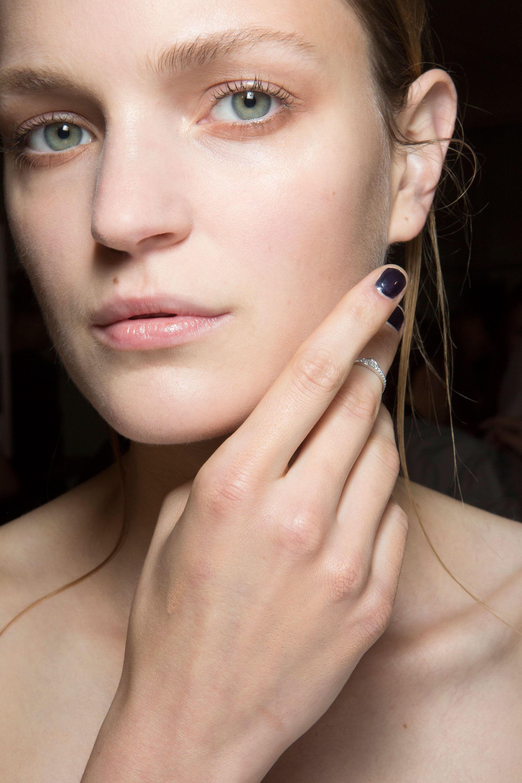Amanda-wakeley-spring-2016-beauty-fashion-show-the-impression-48