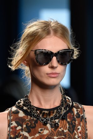 Bottega-Veneta-runway-beauty-spring-2016-close-up-fashion-show-the-impression-007