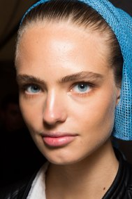 DSquared2-backstage-beauty-spring-2016-fashion-show-the-impression-014