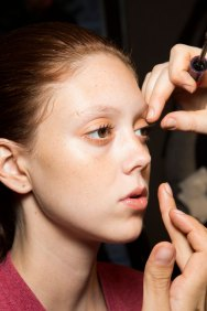 DSquared2-backstage-beauty-spring-2016-fashion-show-the-impression-031