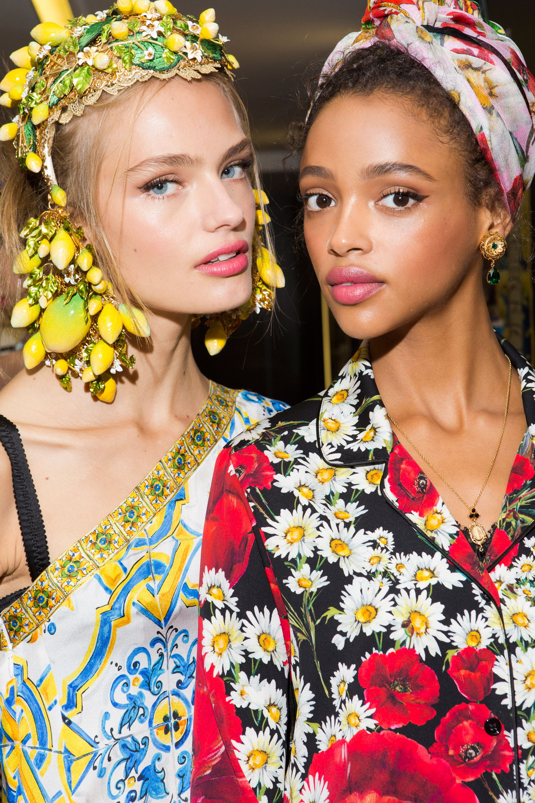 Dolce-and-Gabanna-backstage-beauty-spring-2016-fashion-show-the-impression-109
