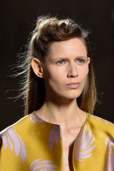 Dries-van-Noten-spring-2016-runway-beauty-fashion-show-the-impression-12