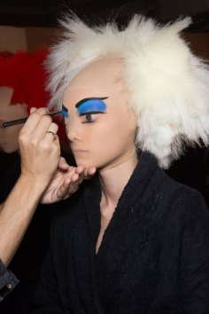 Gareth-Pugh-beauty-spring-2016-fashion-show-the-impression-146