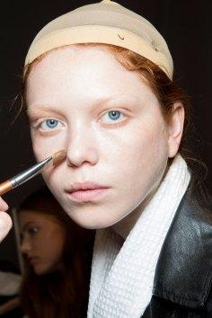 Gucci0-backsatge-beauty-spring-2016-fashion-show-the-impression-004
