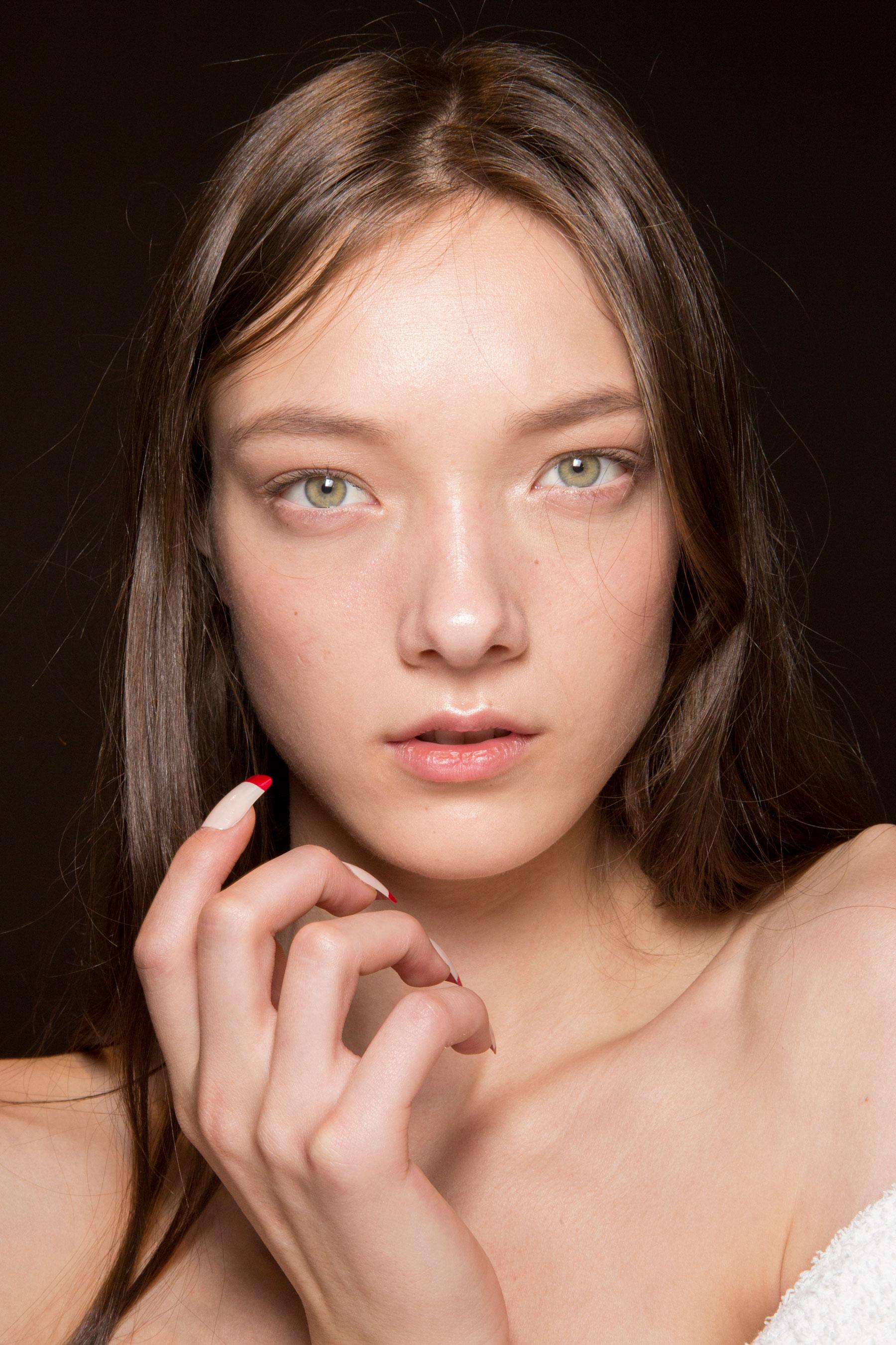 Gucci0-backsatge-beauty-spring-2016-fashion-show-the-impression-037