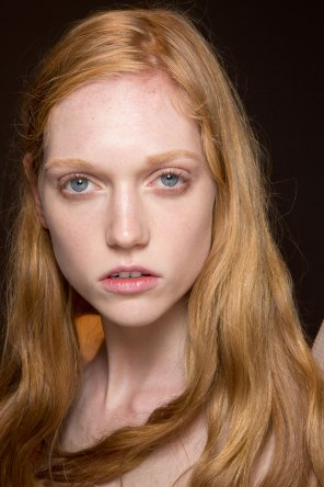 Gucci0-backsatge-beauty-spring-2016-fashion-show-the-impression-068