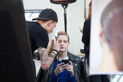 Guy-Laroche-spring-2016-beauty-fashion-show-the-impression-14