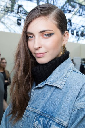 Guy-Laroche-spring-2016-beauty-fashion-show-the-impression-27