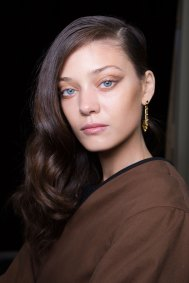 Guy-Laroche-spring-2016-beauty-fashion-show-the-impression-48