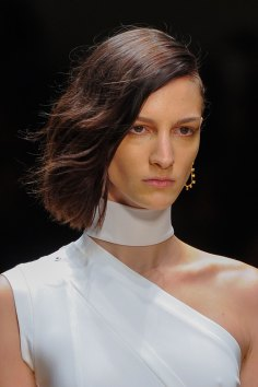 Guy-Laroche-spring-2016-runway-beauty-fashion-show-the-impression-01