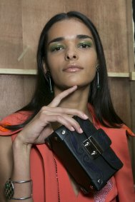 Holly-Fulton-beauty-spring-2016-fashion-show-the-impression-005