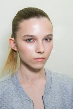 Jil-Sander-backstage-beauty-spring-2016-close-up-fashion-show-the-impression-029
