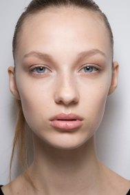 Jil-Sander-backstage-beauty-spring-2016-close-up-fashion-show-the-impression-078