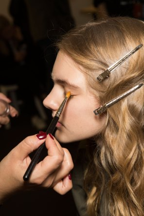 Lemaire-spring-2016-beauty-fashion-show-the-impression-06