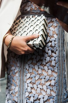 London-Fashion-Week-Street-Style-Day-1-spring-2016-the-impression-037