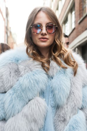 London-Fashion-Week-Street-Style-Day-1-spring-2016-the-impression-041
