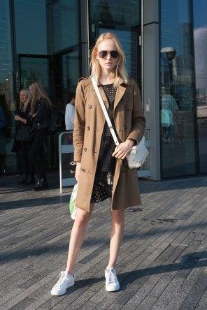 London-fashion-week-street-Style-Day-3-spring-2016-fashion-show-the-impression-002