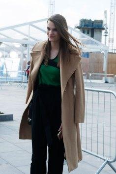 London-fashion-week-street-Style-Day-3-spring-2016-fashion-show-the-impression-019