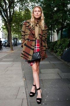 London-fashion-week-street-Style-Day-3-spring-2016-fashion-show-the-impression-080