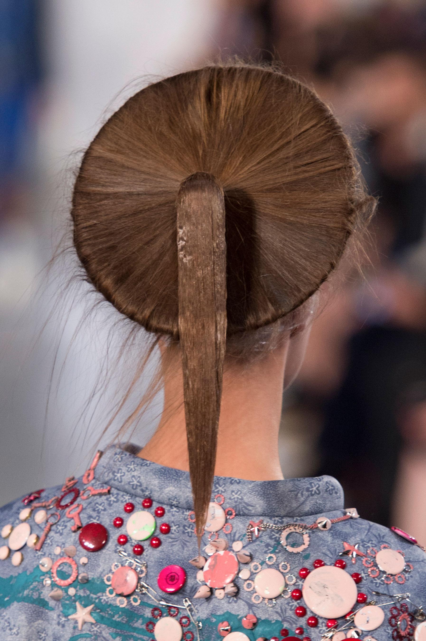 Maison-Margiela-spring-2016-runway-beauty-fashion-show-the-impression-054