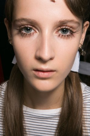 Marni-backstage-beauty-spring-2016-fashion-show-the-impression-001