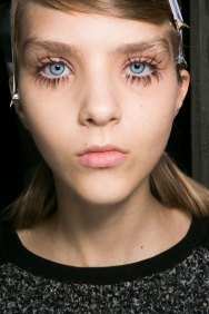Marni-backstage-beauty-spring-2016-fashion-show-the-impression-016