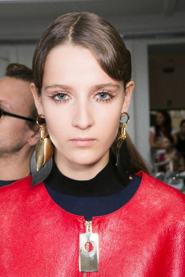 Marni-backstage-beauty-spring-2016-fashion-show-the-impression-035