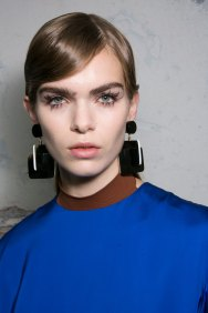 Marni-backstage-beauty-spring-2016-fashion-show-the-impression-047