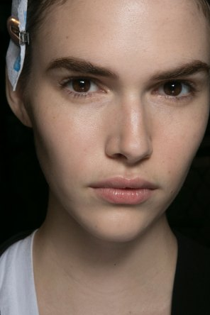 PROENZA-SCHOULER-beauty-spring-2016-fashion-show-the-impression-03