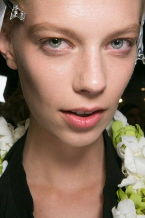 PROENZA-SCHOULER-beauty-spring-2016-fashion-show-the-impression-35