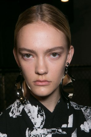 PROENZA-SCHOULER-beauty-spring-2016-fashion-show-the-impression-50